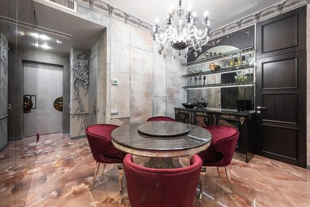 Stół w zasiedzonej nieruchomości